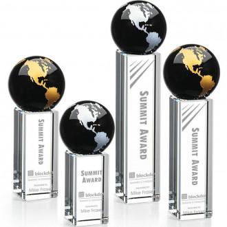 Luz Globe Award Black with Gold